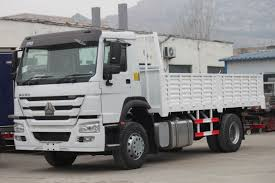 100 4x2 Truck 266 Hp HOWO Heavy Cargo Truck Drive Type Chassis ZZ1167M4617C