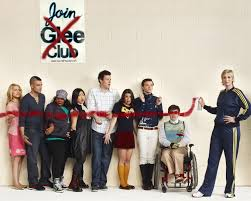 Modern Family Halloween 3 Cast by Glee Season One Blu Ray Review Collider