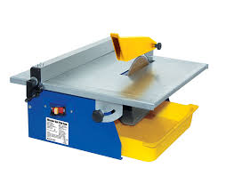 Qep Wet Tile Saw 22650q by Qep Master Cut 60089q 120 Volt 3 5 Hp Portable Tile Wet Saw With 7