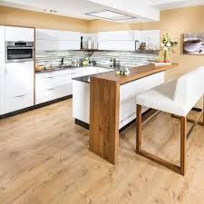 design wohnküche in u form mit theke und hochbank bar