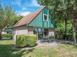 alleinstehendes ferienhaus gepflegter bungalow mit mikrowelle renesse strand 3 km zeeland für 6 personen niederlande