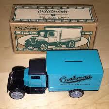 Ertl 1931 Hawkeye Truck Bank 7