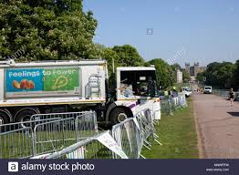 Windsor, UK. 20th May, 2018. Employees Of The Local Council And ... Best Restaurants Food And Drink In Raleigh Durham Chapel Duke Cannon On Twitter We Honor Hard Work Many Forms Perhaps The Trucks Are Here Montral Hot Fried Chicken Truck From Acclaimed Chef Debuts Dtown Food Truck Archives Triangle Foodies Spanglish A Total Loss After Fire Streamline 009jpg 1600 X 1200 44 Vintage Travel Behind Wheel Cousins Maine Lobster Wandering 6 Trucks To Know About Right Now Eater Charleston Papa Dukes Mobile Padukesmobile How Todays Stay Rolling Baton Rouge 225