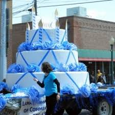 Parade Float Decorations Edmonton by 18 Best Fourth Of July Parade Images On Pinterest Christmas