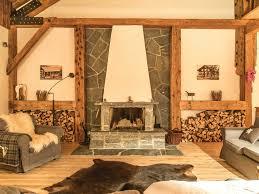 urig und huimelig altholz verarbeitet im chalet stil