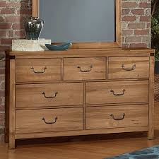 Vaughan Bassett Dresser Knobs by Sedgwick Natural Maple Dresser Dresser Bedroom Bernie