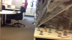 Halloween Cubicle Decorating Ideas by Halloween Cubicle Decorating Contest Youtube