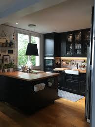bois cuisine j adore cette cuisine ikéa avec ce plan de travail en bois