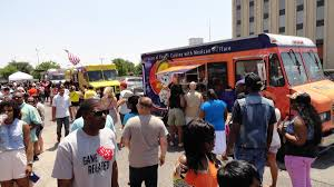 100 Food Trucks Houston City Council To Consider Food Truck Regulation Changes