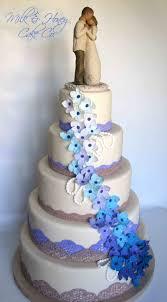 Cake With Rhinestones White In Fantasie Round Purple Wedding Cakes Cagreen