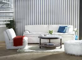 terrasse en bois wohnzimmer wandgestaltung mit tapeten in