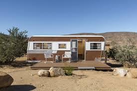 100 Mojave Desert Homes This Modern Tead With A Vintage Trailer Offers Adventure In