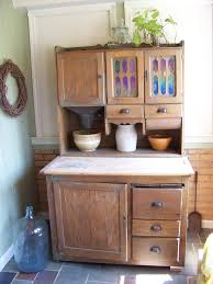 Possum Belly Kitchen Cabinet by Is This A U0027hoosier Cabinet U0027 Pic