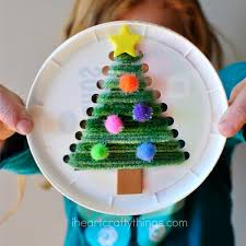 Saran Wrap Christmas Tree With Ornaments by Plastic Lid Christmas Tree Sewing Craft I Heart Crafty Things