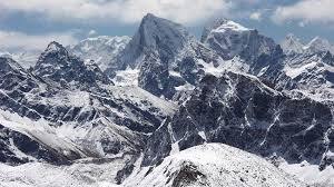 mountain ranges of himalayas nepal