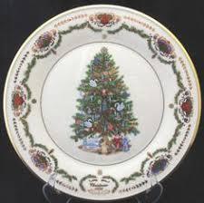 Lenox Christmas Trees Around The World Plate Russia 1996