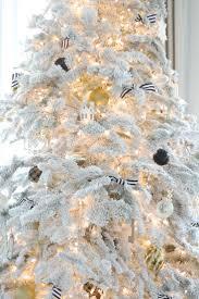 Vickerman Flocked Christmas Tree by 38 Best Flocked Christmas Trees Images On Pinterest Christmas