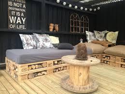 construire canapé d angle 1001 idées créatives pour fabriquer des meubles en palette
