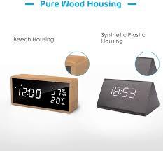 tischuhr mit akustik steuerung usb powered datum temperatur