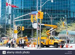 Guild Of Electric Workers: Construction Workers In Lift Bucket Truck ... Bucket Trucks 400s Telescopic Boom Lift Jlg 1998 Gmc C7500 Liftall Lan65 Truck For Sale Youtube Intertional 4300 2007 Tc7c042 Material Handling Wliftall Lom1055 Freightliner M2 4x4 Lanhd752e 80 A Hydraulic Lift Bucket Truck On The Street In Vitebsk Belarus Ford F750 For Sale Heartland Power Cooperative Aerial 3928tgh By Van Ladder Video W Forestry And Body