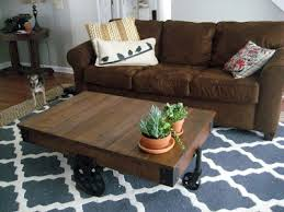 Decorating With Chocolate Brown Couches by Trying To Decorate My Brown Couches With Navy Blue Chevron I Like