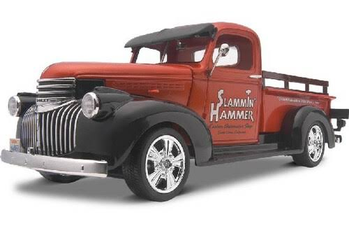 Revell 1941 Chevy Pickup 2 In 1 Plastic Model Kit