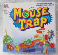 1999 Miniature Mouse Trap Board Game On Keychain Basic Fun IncHasbro Works