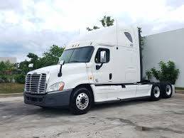 2013 FREIGHTLINER CASCADIA TANDEM AXLE SLEEPER FOR LEASE #1420