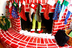 Whoville Christmas Tree Decorations by Sc Life As A Wife Whoville Christmas Party