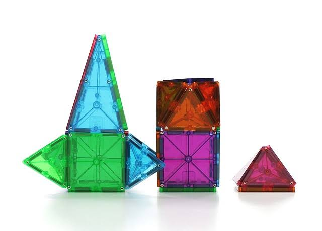 Magna-Tiles 3-D Building Set, Clear Colors - 100 pieces