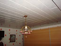 pose lambris pvc plafond isolation idées