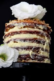 cake mit milchmädchen und walnüssen s