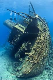 Hms Bounty Sinking Report by 73 Best Shipwrecks Images On Pinterest Shipwreck Boats And