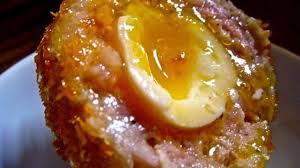 cuisine ecossaise oeufs durs à l écossaise ecosse recette par streetfood et