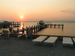 luxury bayfront accommodations 8 9 bedrooms 6 bathrooms pool