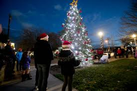 Calendar December 2018 holiday events Christmas Santa New Years