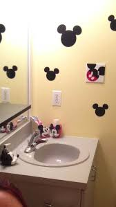 Mickey And Minnie Mouse Bath Decor by The Cutie Mickey Mouse Bathroom Ideas Home Interior Design Ideas