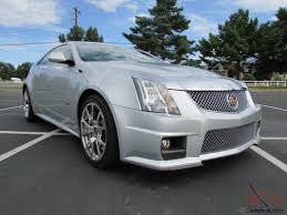 Cadillac CTS V Coupe 2 Door 6 2L e Owner ly 1 900 Miles