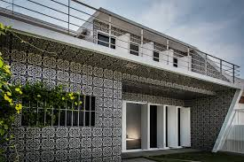 Mexican Shell Stone Tile by Mexico U0027s 1960s House Is Covered By Handmade Tiles By Peter Pichler