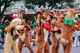 Plutos Christmas Tree Youtube by Guide To Christmas At Tokyo Disneyland Tdr Explorer