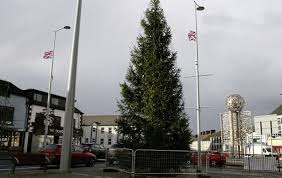 Flagpole Christmas Tree Uk by Loyalists Demand The Removal Of Co Derry Christmas Tree The