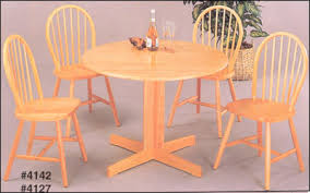 Casual Kitchen Table Centerpiece Ideas by Super Casual Everyday Kitchen Table Setting And Centerpiece Ideas