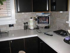 Peel And Stick Groutable Tile Backsplash by The Pros And Cons Of Vinyl Tile Easy Backsplash Vinyl Tiles And