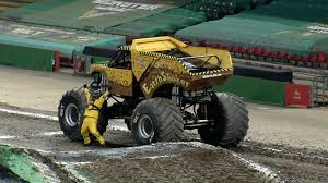 Monster Jam (@MonsterJam) | Twitter Alianzaverdeporlonpacifica Tere Took A Perfect Series Of Photos Monster Jam Opens Its 2018 Season In Nashville Wanderlust We Loved Macaroni Kid Former Seattle Seahawks Player Marshawn Lynch Runs Over Jeep With Traxxas Trucks To Rumble Into Rabobank Arena On Winter Echternkamps Monster Truck Dream Close Fruition Heraldwhig Things To Do In Phoenix This Weekend Oct 6th 8th 2017 101 Grave Diggermonster Pepsi Center 282014 Youtube My Favotite Mark Traffic Stock Photos Images Alamy Denver Super Show G Body Hopping Lowrider