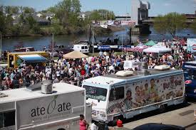 Crowds Create Lines At Troy Food Truck Festival | The Daily Gazette