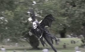 Halloween Scare Pranks 2013 by Flying Grim Reaper Halloween Prank