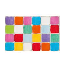 chambre bébé surface ce tapis en coton aux couleurs vives réchauffe l ambiance d une