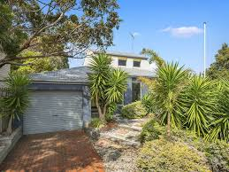 100 Houses For Sale Jan Juc THE BEACH BREAK SURFVIEW CRT