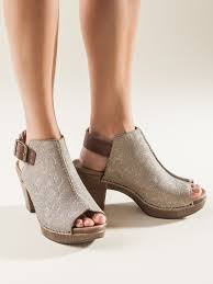 Bed Stu Juliana by Women U0027s Dansko Reggie Bootie Sandals Sahalie Fashion