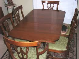 ANTIQUE MAHOGANY TABLE AND 6 CHAIRS BY RWAY FURNITURE CO ...